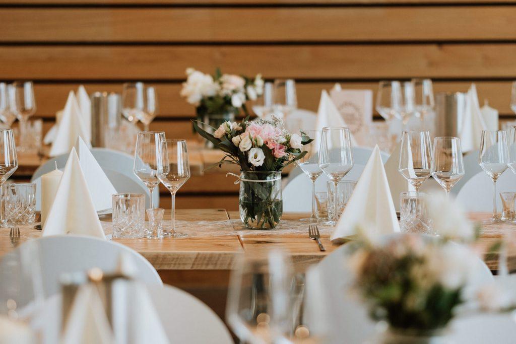 Hochzeitsdekoration in der Hafenkäserei in Münster
